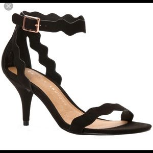 Chinese Laundry Rubie Ankle Strap Heel Size 7.5